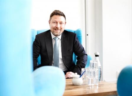Dr. Mark Wilhelm - Fachanwalt für Versicherungsrecht