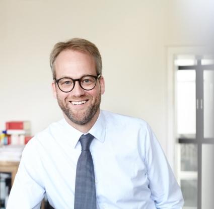 Dr. Friedrich Isenbart - Rechtsanwalt für Gesellschaftsrecht und Organhaftung